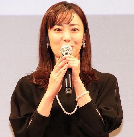 菅野美穂、母親役で10年ぶりの映画主演!舞台挨拶で育児への想いを吐露