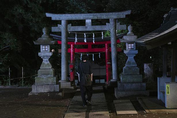 久我山稲荷神社では永田のガッツポーズが見られる