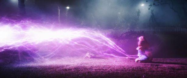 隕石から不思議な光が!