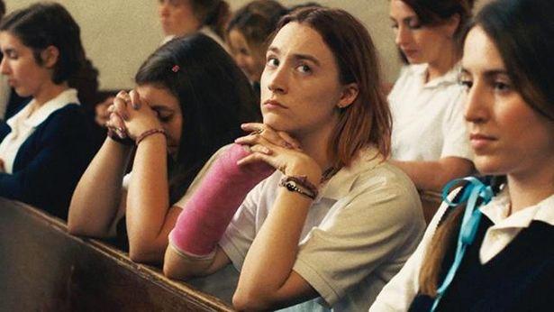 ガーウィグが自身の出身地でもある米カリフォルニア州サクラメントを舞台に、自伝的要素を盛り込みながら描いた青春映画『レディ・バード』