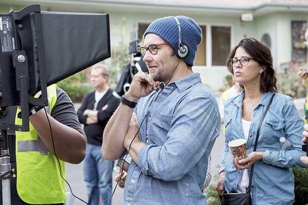 監督デビュー作『ザ・ギフト』は大作が並ぶ全米サマーシーズンに4週連続トップ10入りのスマッシュ・ヒットを記録