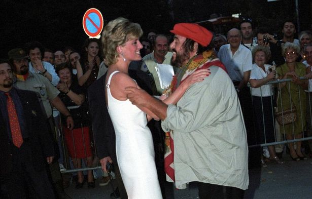 パヴァロッティとダイアナ王妃