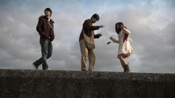 【写真を見る】社会の片隅でもがきながら生きる3人の男女の物語(『ロストパラダイス・イン・トーキョー』)