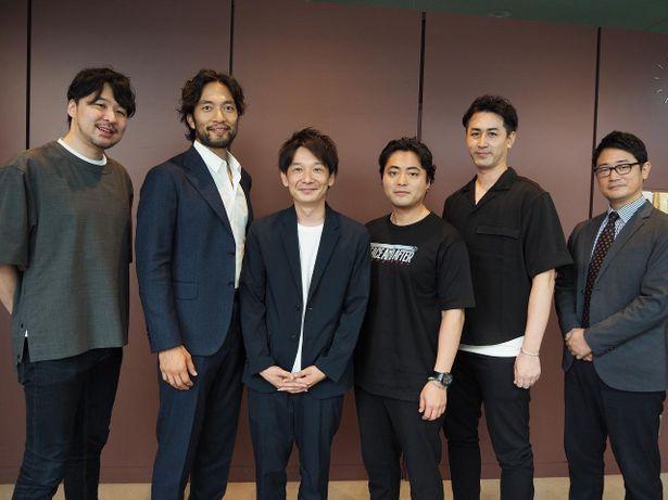 【写真を見る】終始仲の良さを見せていた山田孝之、阿部進之介ら運営メンバーたち
