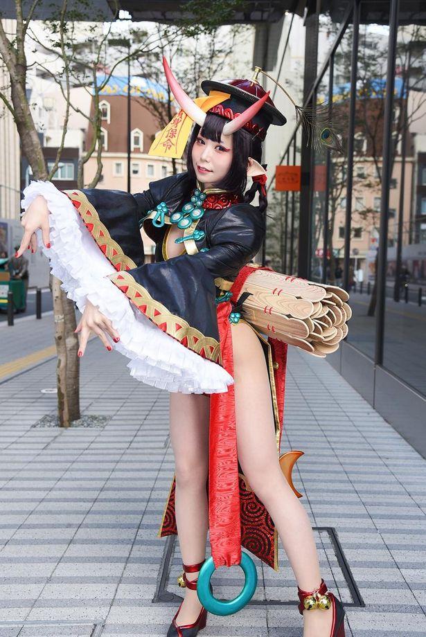 「Fate/Grand Order」の酒呑童子に扮する五木あきらさん