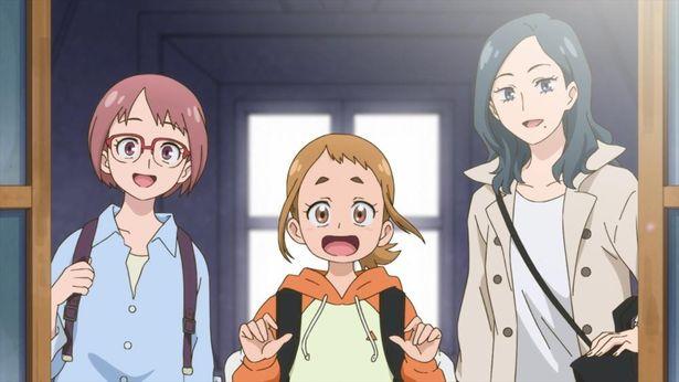 左から、教員志望の大学生のソラ、絵画修復士を志すレイカ、帰国子女で一流商社に勤めるミレ