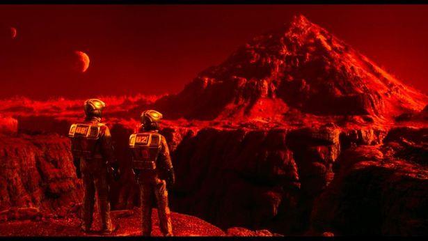 NASAの映像を参考に作り上げられたリアルな火星の世界