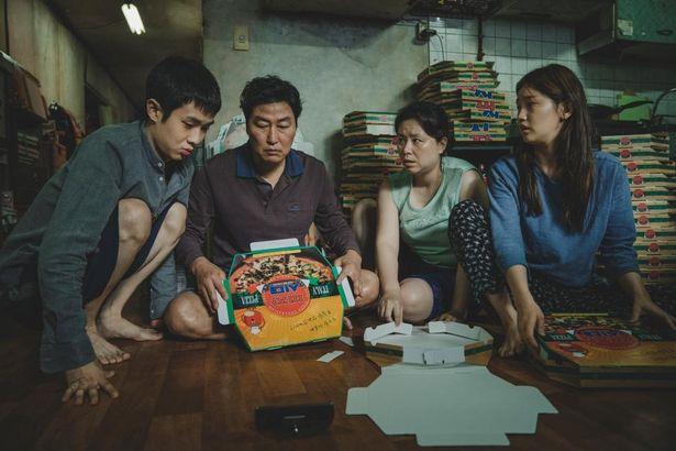 2020年の初め、映画界の話題をさらった『パラサイト 半地下の家族』
