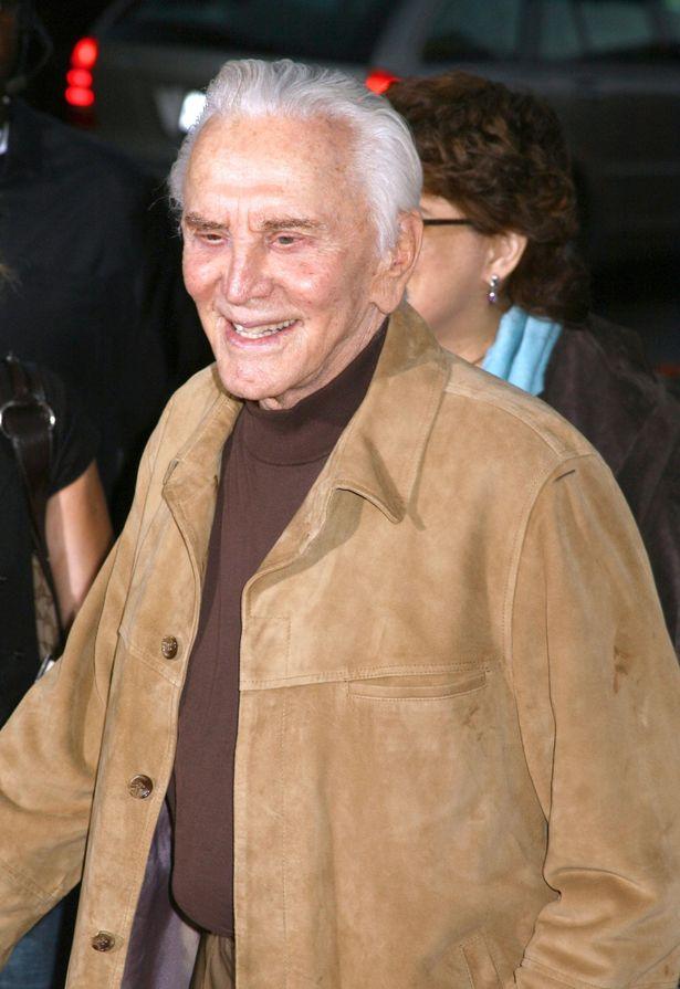 ハリウッドのレジェンド、カーク・ダグラスは103歳の大往生