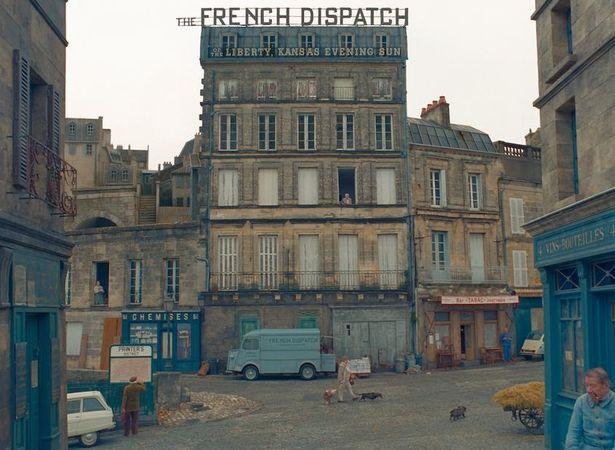 公開延期となっているウェス・アンダーソン監督の『The French Dispatch』の新たな公開日はまだ明らかにならず