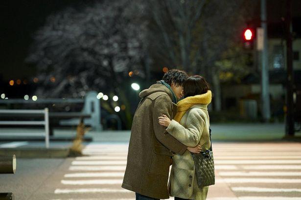 これぞ名シーン!御塔坂橋交差点横断歩道での初キス