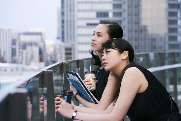 幸一郎との関係を断ち切り、地元の友人、平田と共に仕事を始める美紀