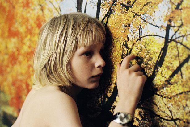 孤独な少年がヴァンパイアの少女エリと恋に落ちる『ぼくのエリ 200歳の少女』