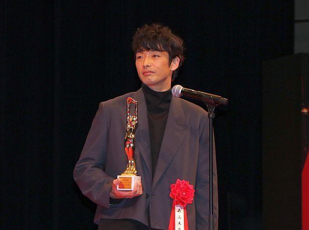 『アンダードッグ』が日本映画優秀賞・男優主演賞を受賞。主演の森山未來が登壇