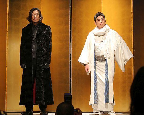 新たな梅安を演じる豊川悦司と、新たな鬼平を演じる松本幸四郎が登壇