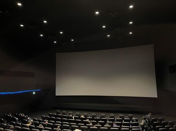 今回は東京、丸の内ピカデリー3のドルビーシネマ専用スクリーンで、ドルビーアトモスのみ反映された仕様の上映を体験