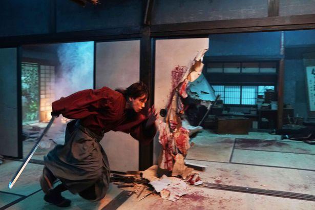 佐藤健が魅せるアクションは、さらにパワーアップ!