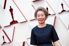 第93回アカデミー賞で助演女優賞を受賞した、ユン・ヨジョン