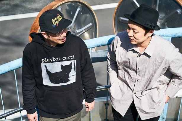 【写真を見る】1万2000字超えのインタビューで、吉田恵輔監督に脚本へのこだわり、演出術までを聞き尽くした
