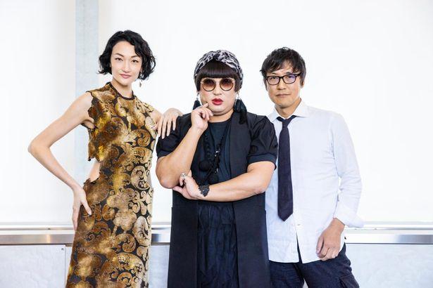 【写真を見る】さすがYOKO FUCHIGAMI!モデルの冨永愛、「装苑」編集長と美の競演