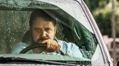 ラッセル・クロウが激ヤバなあおり運転ドライバーに!