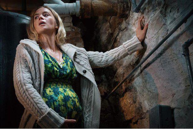 前作で出産という無理難題に直面した母エヴリン(『クワイエット・プレイス』)