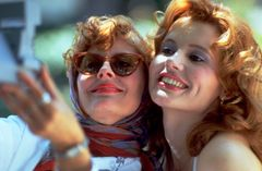 1991年に公開され、アカデミー賞脚本賞を受賞した『テルマ&ルイーズ』の2人が再会!