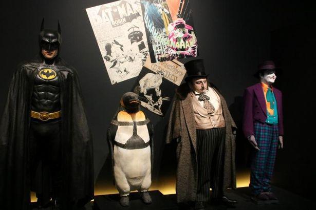『バットマン リターンズ』のコスチューム