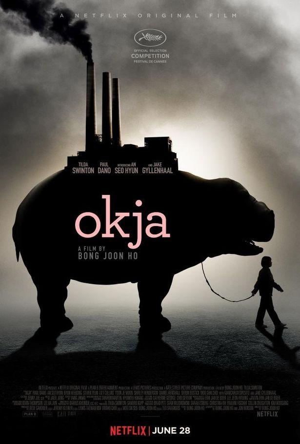 ポン監督が手掛けた『オクジャ/okja』(17)以降、カンヌ国際映画祭はNetflix制作映画をコンペティション部門に含まず