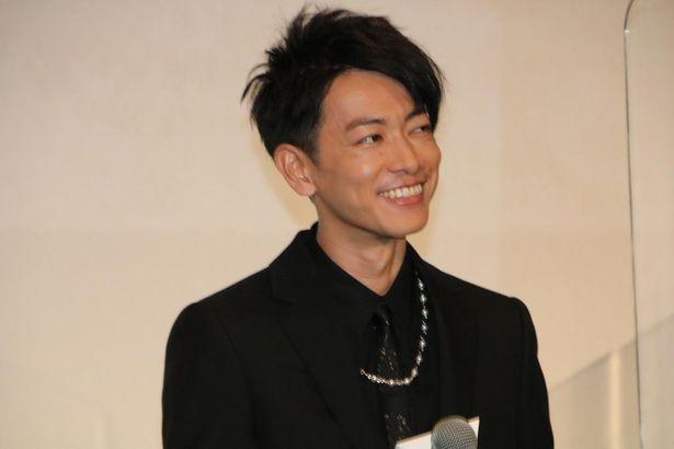 笑顔の佐藤健
