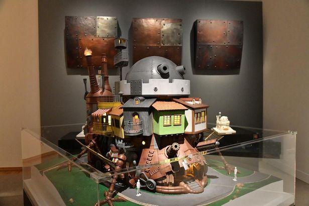 【写真を見る】ハウルの城の建築模型や「ネコバスアトリエ」など、ファン必見の新たな展示企画も!