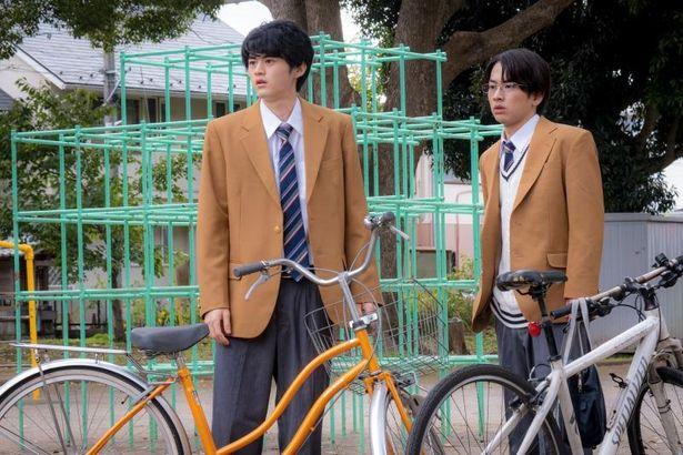 昭雄の親友、尾崎役に、パフォーマンスグループ「lol -エルオーエル-」のメンバーで、俳優の佐藤友祐