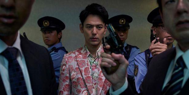 妻夫木聡演じる野田は、知能は高いがナルシストなところもあるクセ者なキャラクター