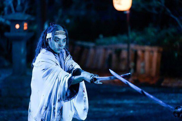 【写真を見る】『るろうに剣心』では沖田総司役を演じた村上虹郎、『燃えよ剣』では新選組と対立する岡田以蔵役に