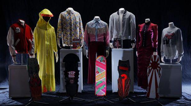 「レトロ・サピエンス」では「バック・トゥ・ザ・フューチャー 」シリーズのアイテムや衣装が展示されている