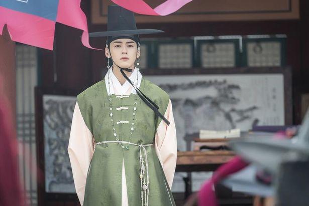 チャ・ウヌが主役を務めたドラマ「新米史官ク・ヘリョン」のスチール