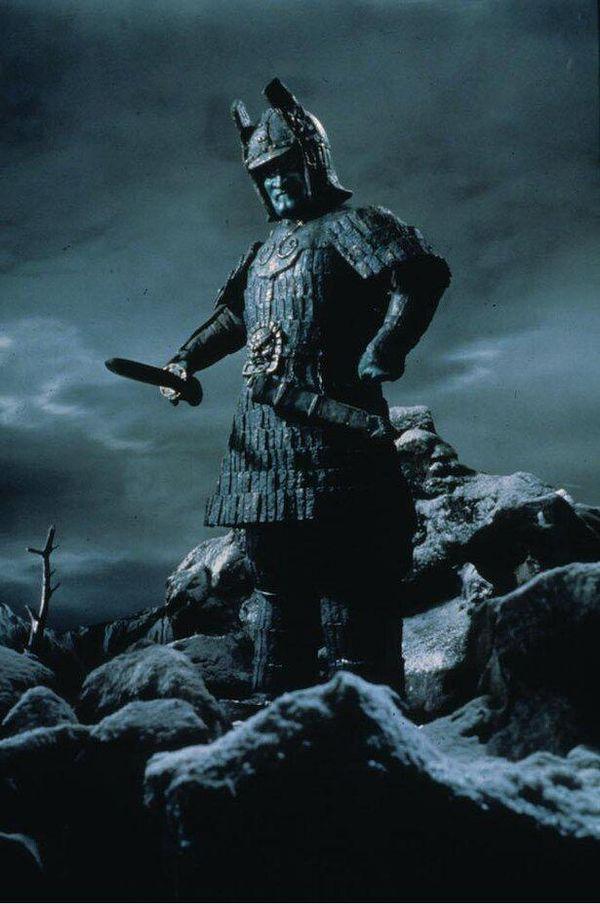「ウルトラQ」「ウルトラマン」を手掛けた高山良策が創り上げた、荒々しさと神々しさを兼ね備えた大魔神