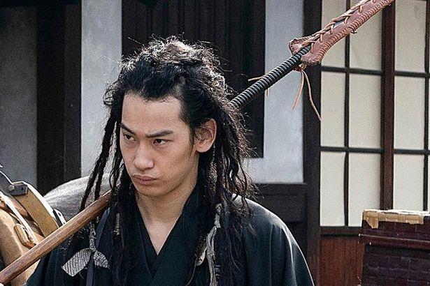 吉田健悟など若手俳優も新選組メンバーを演じる、山田涼介と同じく岡田准一から殺陣を勉強