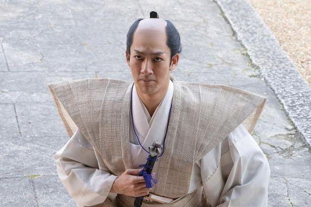 歌舞伎俳優として活躍している尾上右近は本作で映画初出演
