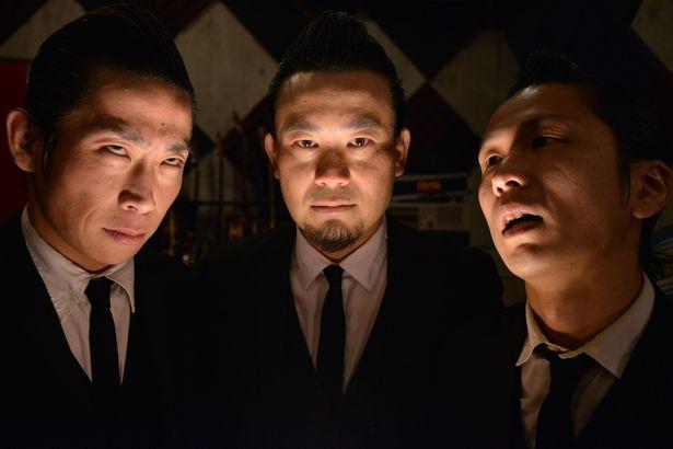The Neatbeatsのメンバーをはじめ、劇中に登場するバンドを本物のミュージシャンが演じる