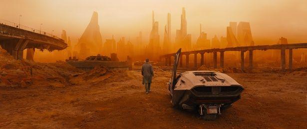 『ブレードランナー 2049』ではさらに荒廃が進んだ世界が描かれる