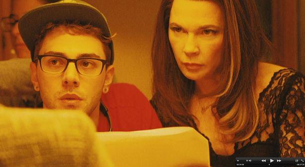 『Mommy/マミー』でもアンヌ・ドルヴァルを母親役に、母と息子の複雑な関係を描いた
