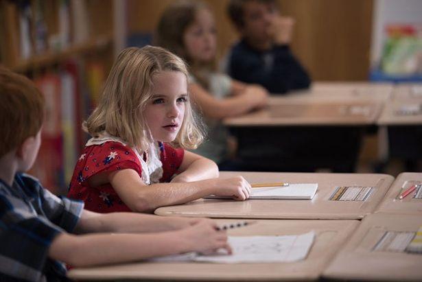 周りの生徒には難しい数字の暗算もメアリーにはお茶の子さいさい