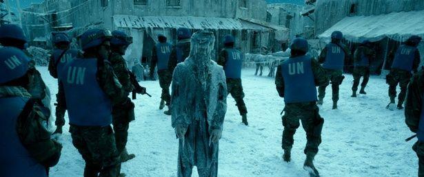 【写真を見る】映画内の寒波は、東京の比じゃない!