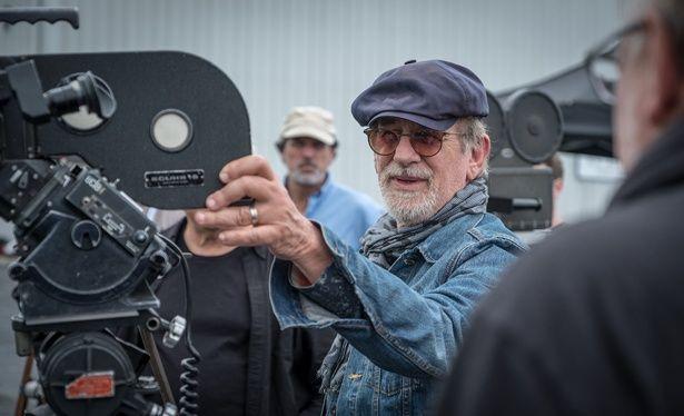 【写真を見る】脚本を読んだスティーヴン・スピルバーグが、「いま撮るべき作品」と、わずか11週間というスピードで撮影を行った『ペンタゴン・ペーパーズ/最高機密文書』