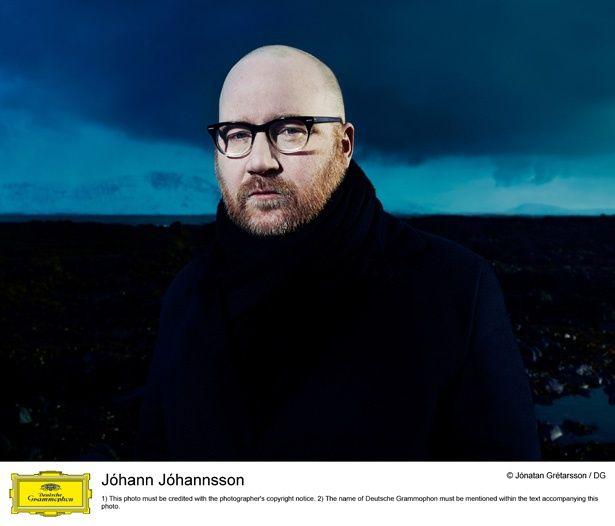 【写真を見る】48歳という若さで亡くなった、アイスランド出身の作曲家ヨハン・ヨハンソン