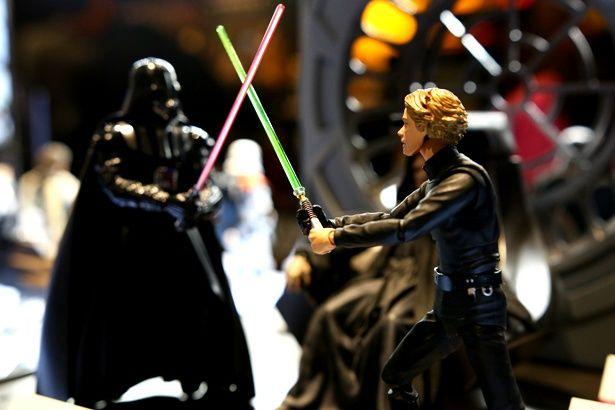 『帝国の逆襲』の名シーンを再現!これは欲しくなっちゃう!
