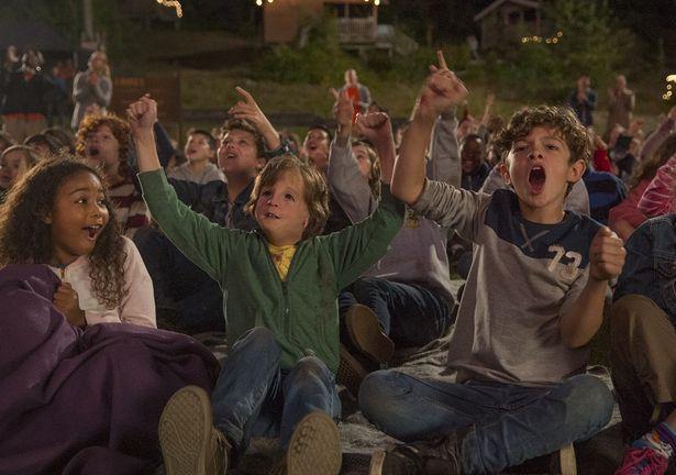 10歳のオギーを演じるのは天才子役のジェイコブ・トレンブレイ