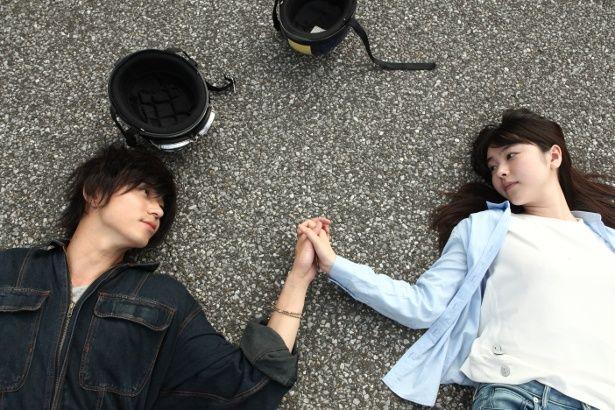 つかみどころのない飄々とした青年・麦と、ほがらかで誠実な亮平の2役を演じた東出昌大