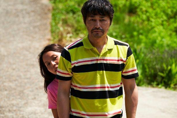 【写真を見る】安田顕とナッツ・シトイの凸凹夫婦ぶりが最高!